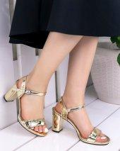Tanya Altın Rugan Topuklu Ayakkabı-3