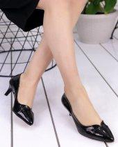 Odelia Siyah Rugan Stiletto Ayakkabı
