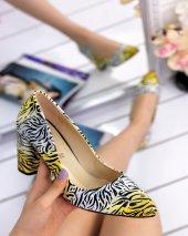 Siliver Sarı Cilt Çizgili Topuklu Ayakkabı