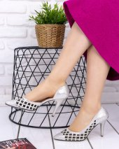 Ingrit Gümüş Cilt Stiletto Ayakkabı