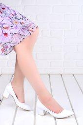 Ayakland 1990 2023 Kırık Rugan 5 Cm Topuk Bayan Ayakkabı Beyaz