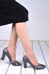 Ayakland 137029 2042 Çizgili 8 Cm Topuk Bayan Ayakkabı Grı