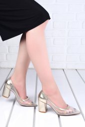 Ayakland 1019 Cilt Şeffaf 7 Cm Topuk Bayan Topuklu Ayakkabı Altın