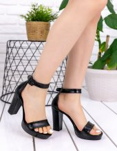 Narcissa Siyah Rugan Desenli Topuklu Ayakkabı