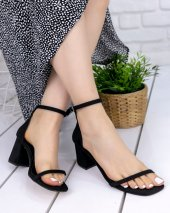 Dalia Siyah Süet Topuklu Ayakkabı