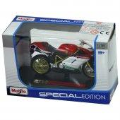 1 18 Maisto Motosiklet Maketi Triumph Thunderbird