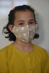 Krem Yıldızlı Çocuk Maskesi