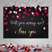 Siyah Zemin Kırmızı Kalpli Evlilik Teklifi...