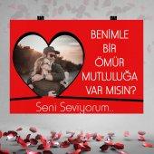 Kırmızı Zemin Kalp Fotoğraflı Evlilik Teklifi...