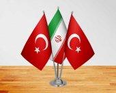 Masa Üstü İran Bayrağı Türk Bayrağı + Üçlü Direk Masa Bayrağı