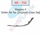 KR-710 MEGANE 4 SİS FAR ÇERÇEVESİ ÇITASI KROM SAĞ ( SEDAN MODEL )