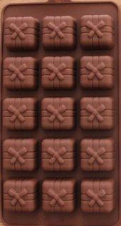 Fiyonklu Hediye Paketi Silikon Kalıp Çikolata Muffin Sabun Kokulu Taş Mum Epoksi Kalıbı 15 Delikli