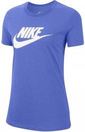 Nike Sportswear Icon Futura Essential Kısakol Kadın Tişört