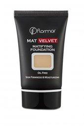 Fondöten - Mat Velvet Matifying Foundation V203 8690604130542