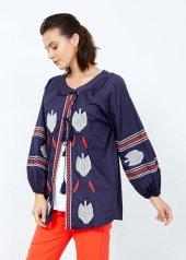 Kadın Lacivert Nakış İşlemeli Kimono