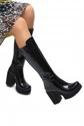 Kadın Siyah Rugan Çizme