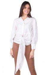 Önden Bağlamalı Arkası Uzun Beyaz Kadın Gömlek