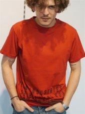 Bisiklet Yaka Kırmızı Baskılı  Erkek T-shirt
