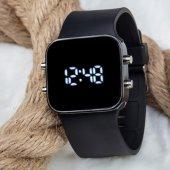 Kare Dijital Led Ekran Siyah Renk Silikon Kordonlu Unisex Saat