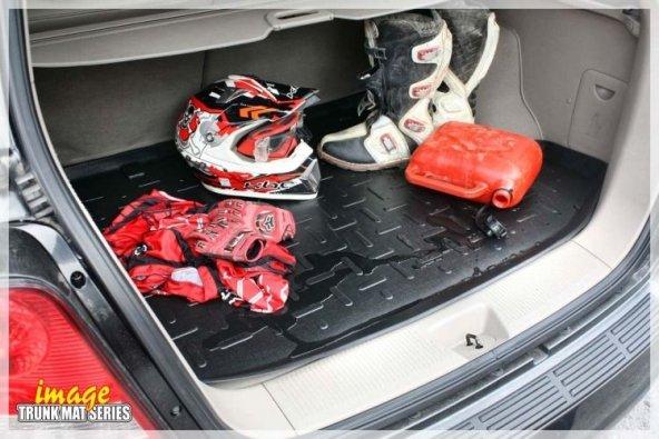 AUDI Q3 SUV 2011> Bagaj HAVUZU SİYAH