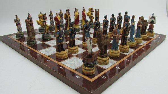 Satranç Takımı Roma Ve Truva Askerleri Polyester Döküm El Boyama