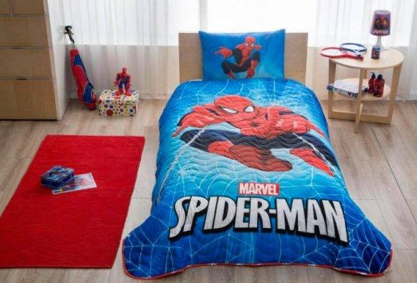 Taç Lisanslı Spiderman Skyscaper Yatak Örtüsü Seti
