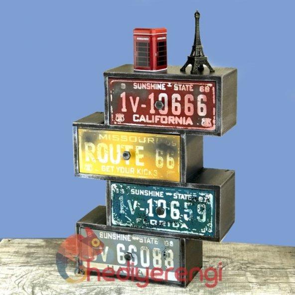 Retro Plakalar Temalı 4 Çekmeceli Ahşap Minyatür Komidin