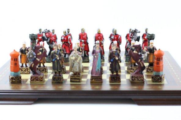 Satranç Takımı K Osmanlı Ve Kırmızı Haçlılar Polyester Döküm El