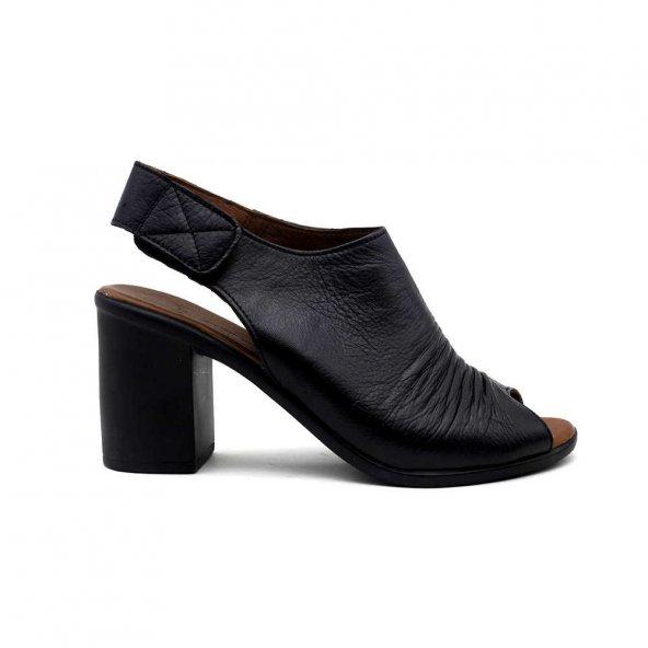 Erpaş 065 Hakiki Deri Kadın Topuklu Sandalet-Siyah