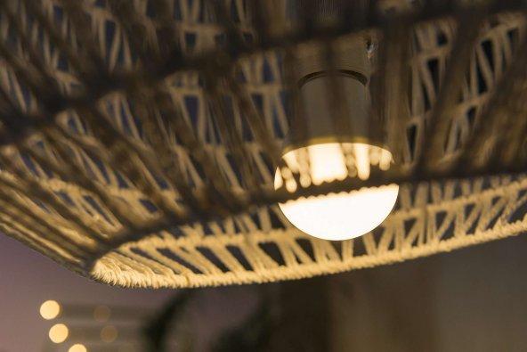Uzun Ömürlü Standart Gün Işığı Sarı Işık 9 Watt Led Ampul Lamba