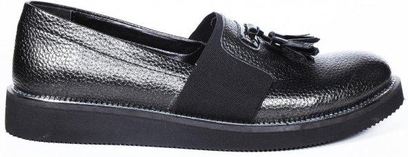 Bayan College Ayakkabısı Kolay Giyilebilir