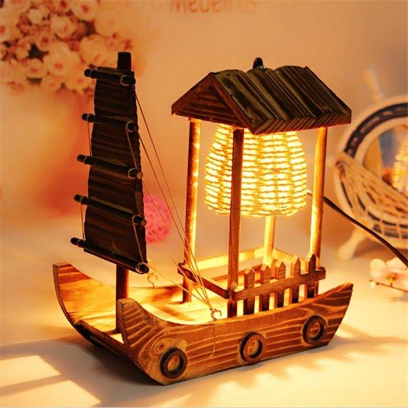 Dekoratif Ahşap Yelkenli Gemi Masa Lambası