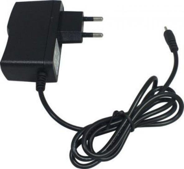 Tochi ERTA-007 - 9Volt 2 Amper 2.5mm-0.7mm Tablet Adaptörü