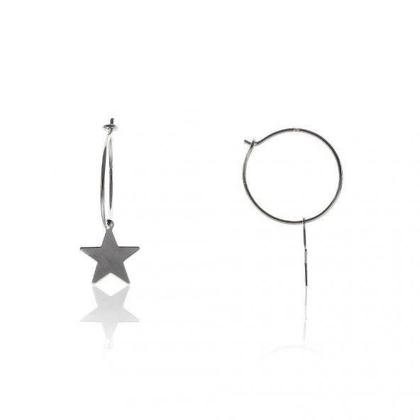 Yıldız Modeli Rodyumlu Gümüş Küpe