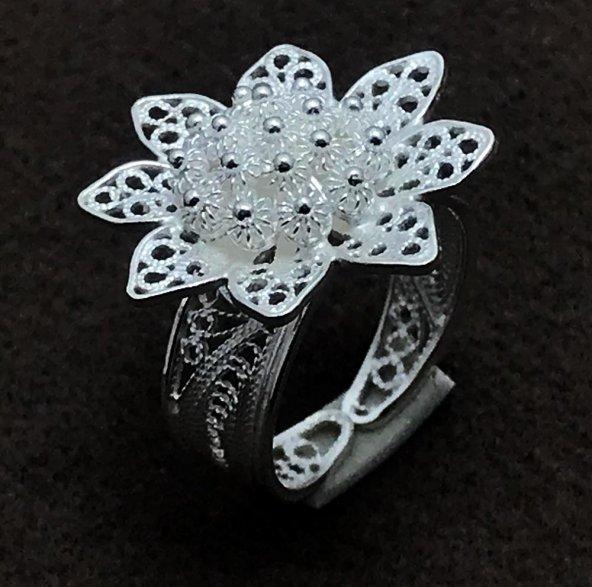 Çiçek İşlemeli Gümüş Bayan Telkari Yüzük