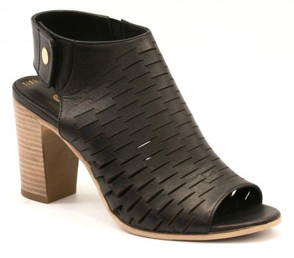 Mammamia Bayan Deri Günlük Sandalet Bayan Sandalet