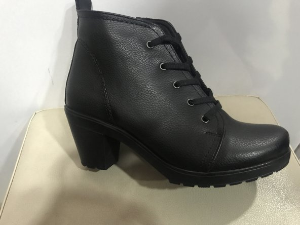 Polaris siyah topuklu kadın bot