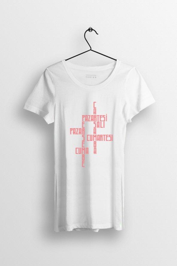 Günler Baskılı Yırtmaçlı Oversize Kadın Tshirt