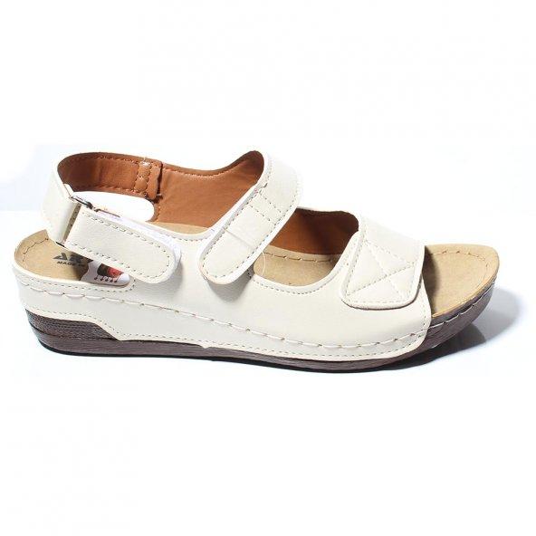 Aryan Kadın Günlük Ortapedik Beyaz  Sandalet
