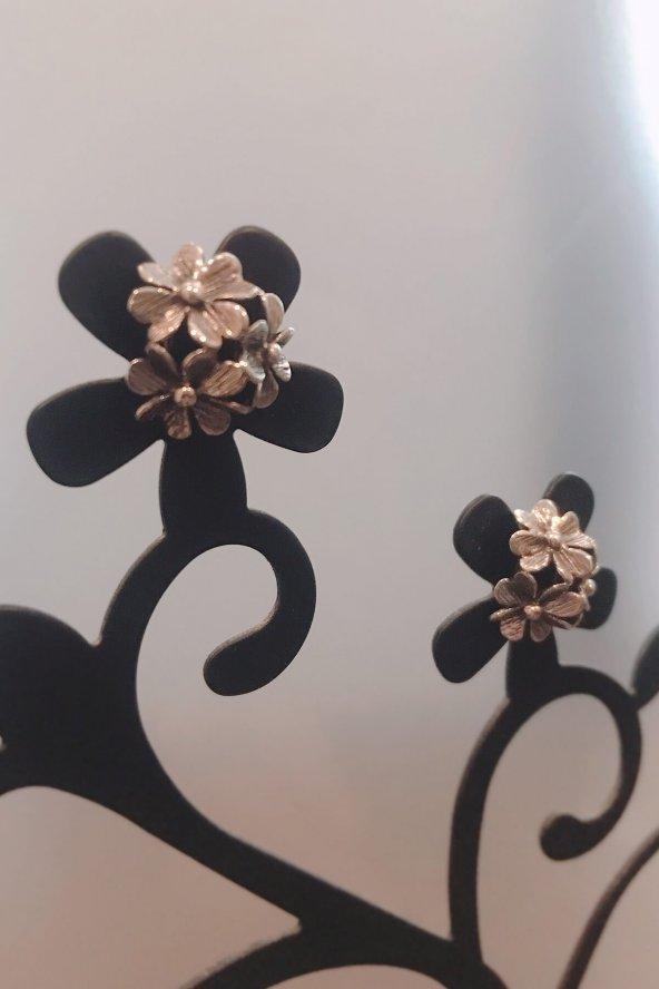 Çiçek Gümüş Küpe