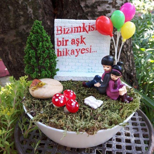 Bizimkisi Bir Aşk Hikayesi Minyatür Bahçesi