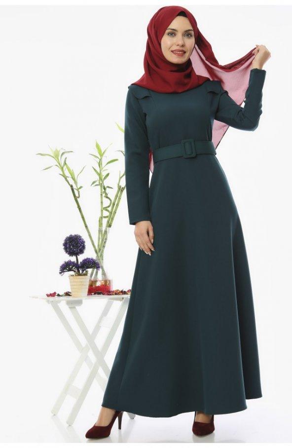 5002 Kemerli Tesettür Elbise - Zümrüt
