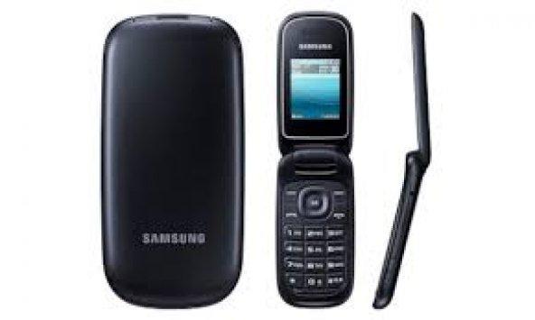 Samsung X200 Kapaklı Tuşlu Cep Telefonu