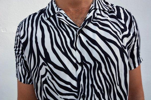 Siyah Beyaz Erkek Gömlek