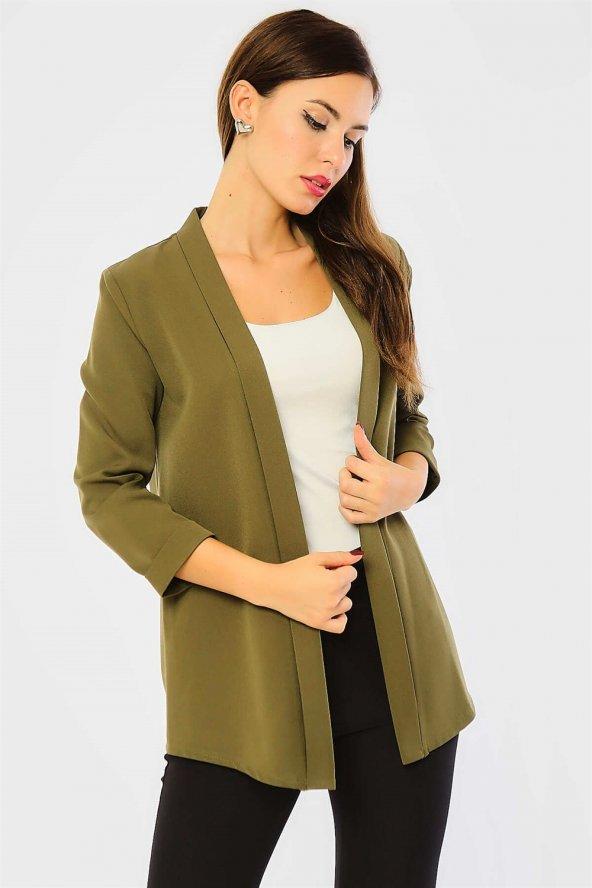Pervazlı Kısa Haki Ceket