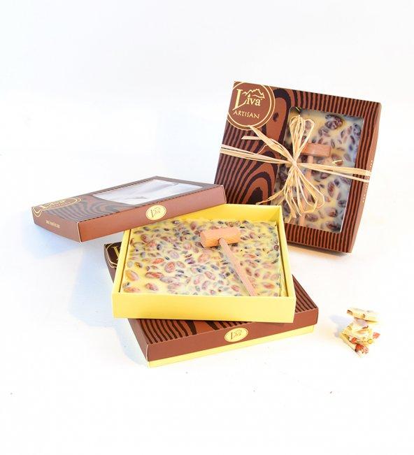 Liva Kırma Beyoğlu Çikolatası Fildişi Badem