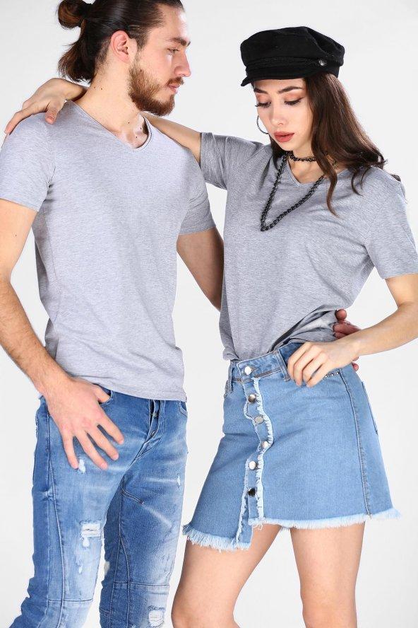 Sevgili Kombinleri Gri Kısa Kol V Yaka Basic Tshirt