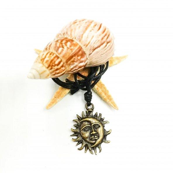 Sevgiliye Hediye - Özel Tasarım Kolye Antik Ay Güneş ve İnsan Yüzü