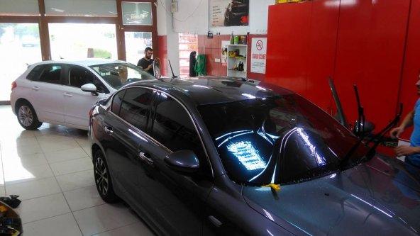 Peugeot 5008 UV ÖZELLİKLİ 7 YIL GARANTİLİ CAM FİLMİ