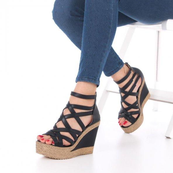 Selini Dolgu Topuklu Ayakkabı - Siyah, 11.5cm